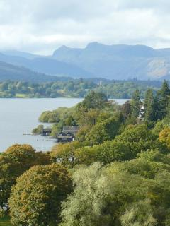 Lake Windermere is only a few minutes away from the lodge. Incredible views nearby!!