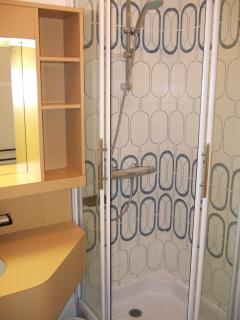 cabine de douche,salle de bain
