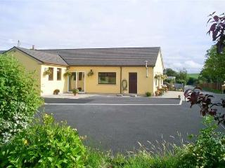 Located on a private road and 300 metres from the main road - Shannon Ferry is just 12 minutes away
