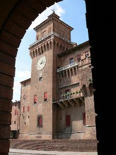 Castello Estense. The apartment is located next to the castle.