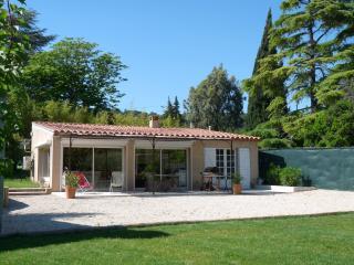 Villa Canaille Cassis au milieu des vignes-climatisée+grand jardin clos +parking