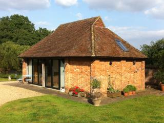 Rooks Cottage - a stunning self-contained getaway.