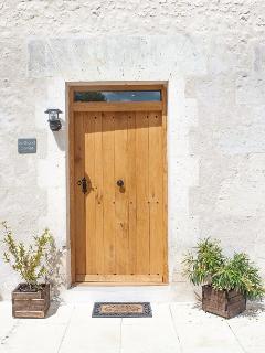 Le Grand Cornet's handmade oak door