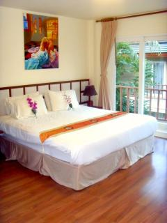 2nd bedroom with ensuite and access to balcony. All rooms with air-con.