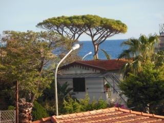 Attico con terrazza panoramica vicino alla spiaggia di Mondello