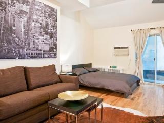 BRAND NEW !!! Fully furnished Studio Apartment ~ Prime Gramercy Park ~ E22 !!, Nueva York