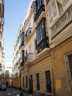 fachada a calle Solano