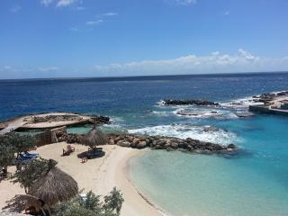Pelican | Ocean Resort