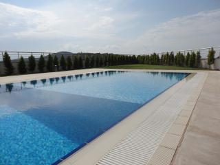 Closest Pool, 100 Metres away