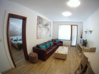 TOP LODGE B7 - BANSKO - 2 BEDROOM APARTMENT
