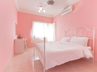 Very Central and Clean Condo, Petaling Jaya