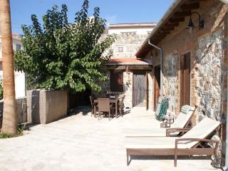 Priandis Cottage, Kellaki
