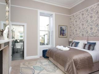 Sydney Place Garden Apartment, Bath