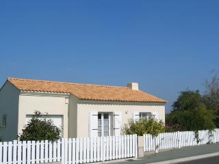 Holiday Cottage, La Chaize-Giraud, Vendee, La Chaize Giraud