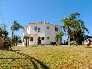 St Minas Villa, Neo corion