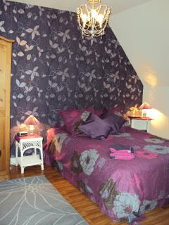 Double Room sleeps 3  persons