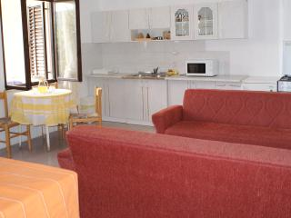 Large, open plan, air conditioned, living area. Cool even in the height of summer.