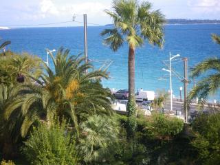 Résidence, Cannes