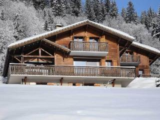 Chalet Nomad - 5 Bedrooms plus Play Room - Table Tennis, Log Fire