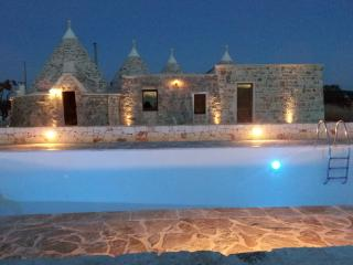 Il Torchio - Beautiful 3 bedroom, 3 bathroom Trullo in the countryside