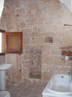 Family Trullo Bathroom