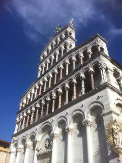 The amazing walled city of Lucca, 76 churches, fabulous shopping,