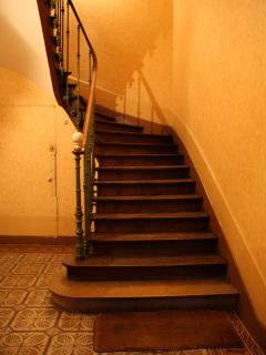 Stairs up to apartment Bonnard