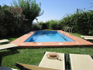 Villa, private pool, sea- sunset view, close to beaches, restaurants, shops,