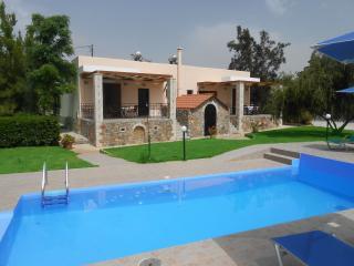 Villa Aphrodite, Prines