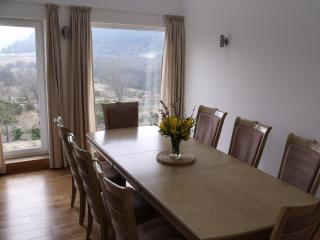 Dining in comfort, no uncomfortable chairs or benches here….