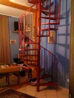la scala che porta in mansarda
