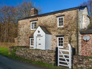 Crawnon River Cottage, Llangynidr