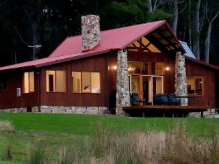 Adventure Bay Retreat- Lodge