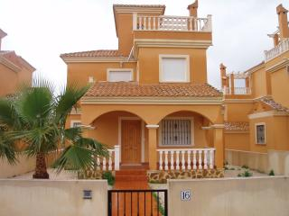 Miranda 3 bed Villa  in Lo Crispin, close to Quesada