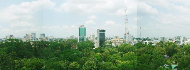 Broad view over Botanic Garden to the very first highrise of HCMC