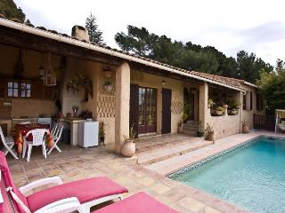 5003 Countryside villa with pool, close to beach, Le Castellet