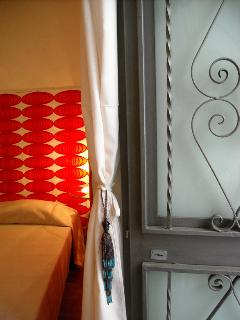 La Casina di Catania: traditionally hand-crafted (and safe) iron door