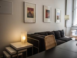 HolidayLovers Chiado Superior 1 BR Apartment