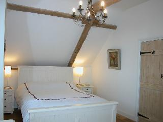 The 2nd double bedroom