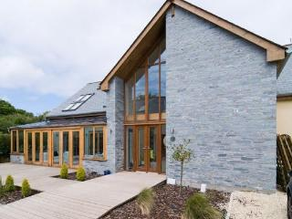 Over-The-Hedge (A Luxury 5 Bed ECO House), Newquay