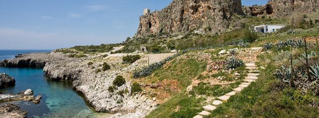 villa topazio location