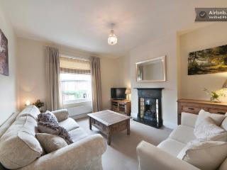 Lounge, sofa plus sofa bed, TV, SKY, hard wired broadband, gas fire etc... all home comforts!