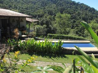 B&B Sítio Jan on forest border with oceanview, Paraty