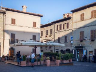 Piazza Garibaldi - Ingresso del B&B Appartamento Bencivenni