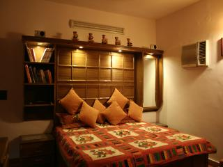 DV Service Apartment, New Delhi