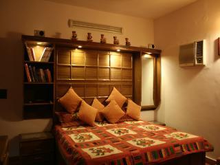 DV Service Apartment, Nova Délhi