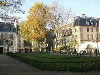 Charming appartment Le Marais with magnificient view to the famous Musee Bricard