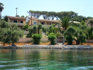 Villa with Private Beach, Messonghi