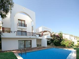423-Torba Villa For 10 People