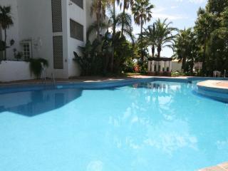 1015 - 2 bed apartment, La Reserva de Marbella, Las Chapas, Marbella